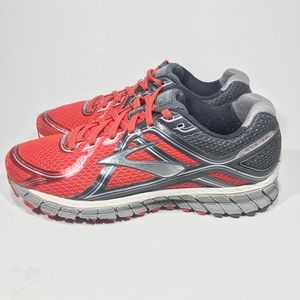 Brooks GTS 16 Women's Size 8 Red and Gray